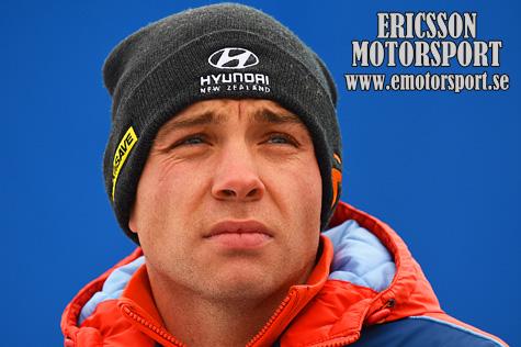 © emotorsport.se.